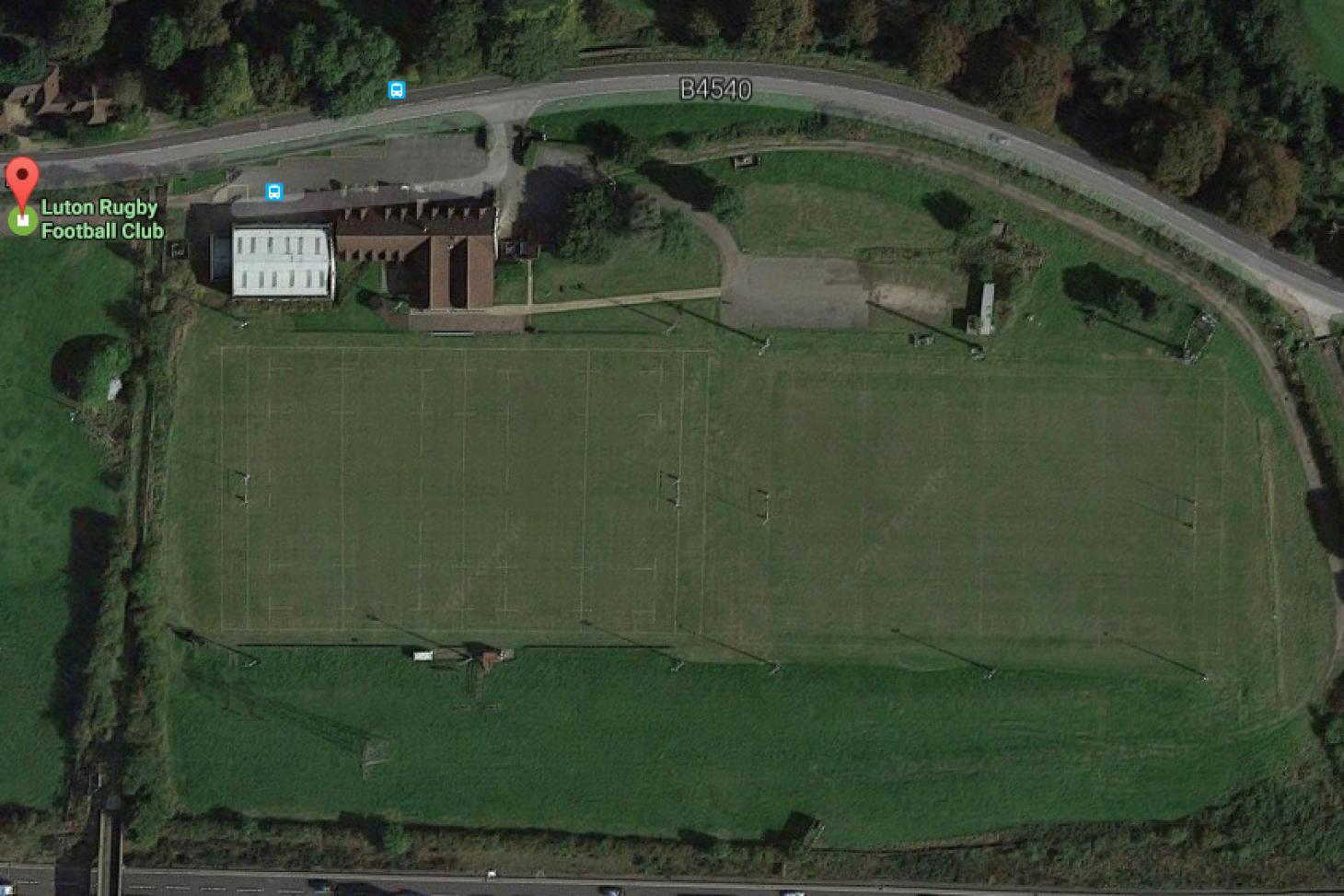 Luton RFC Union | Grass rugby pitch