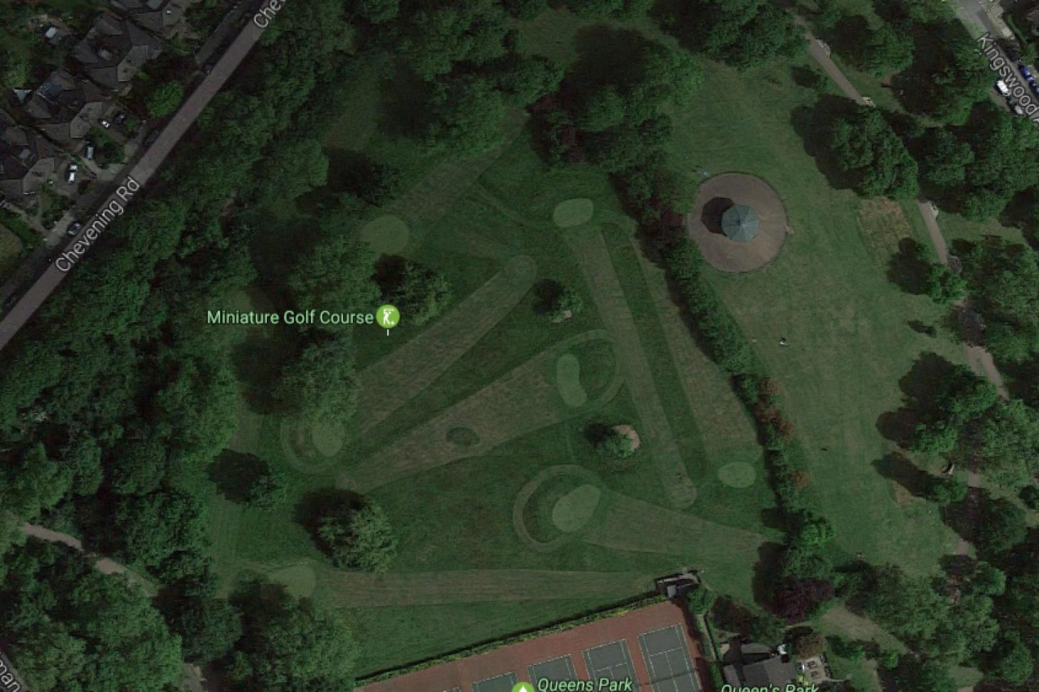 Queens Park 9 hole golf course