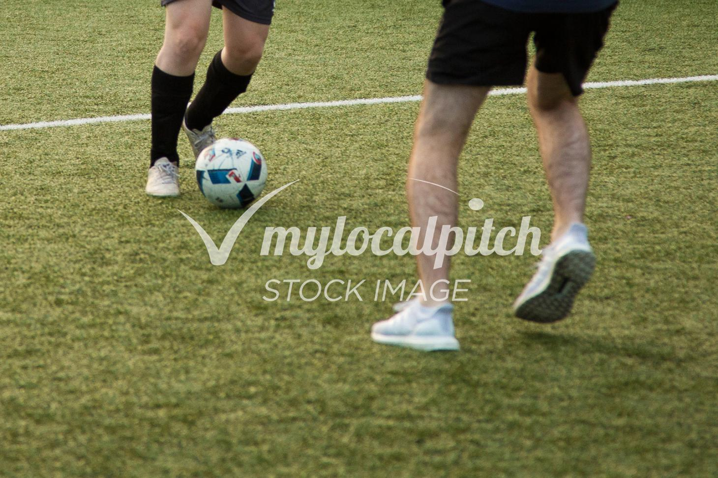 Warren Avenue Playing Fields 11 a side   Grass football pitch