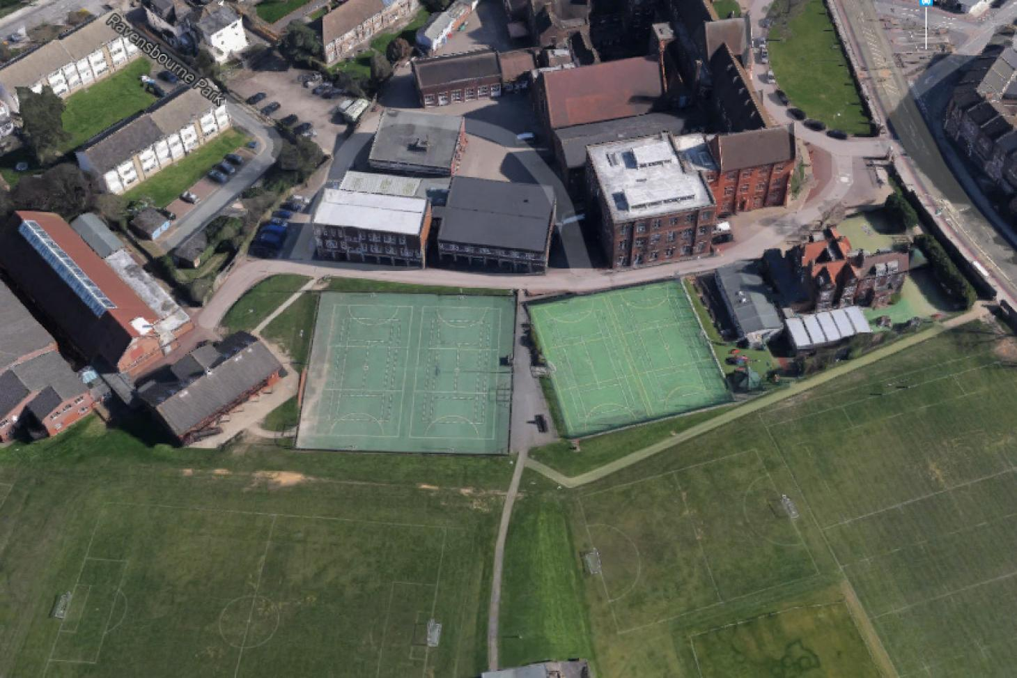 St Dunstan's College (St Dunstan's Enterprises) Outdoor | Hard (macadam) netball court