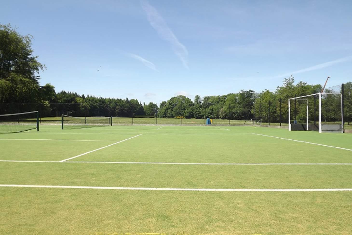Dr Challoner's High School Outdoor   Astroturf tennis court