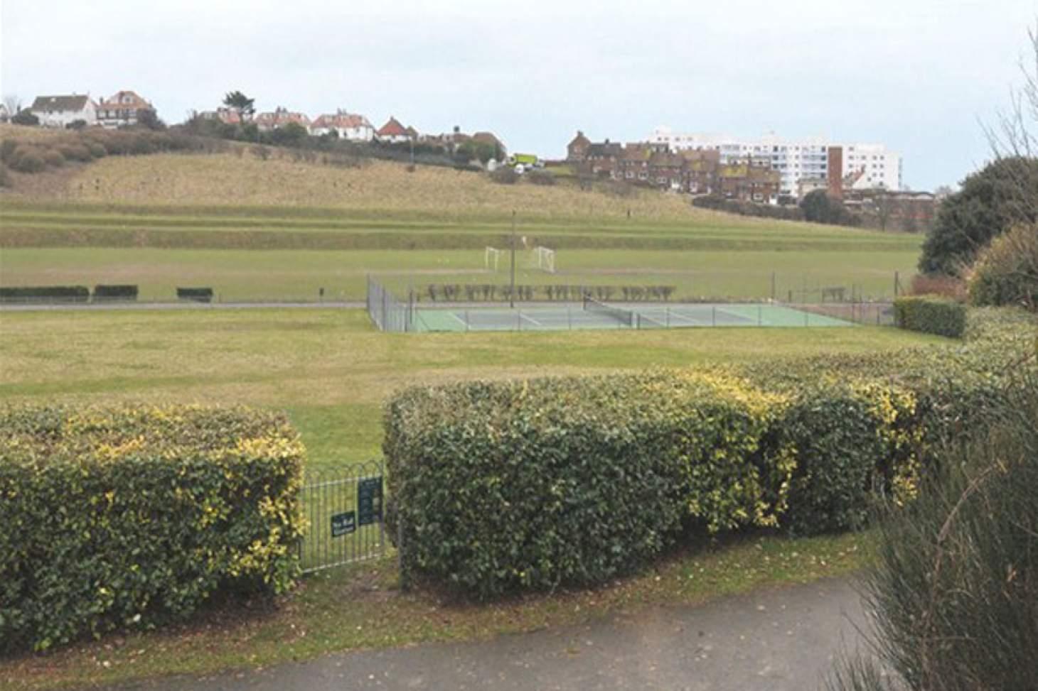 East Brighton Park Outdoor | Hard (macadam) tennis court